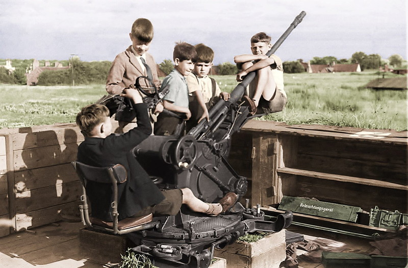 Boys on gun