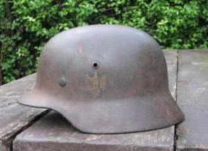 SOLD: M35 Single Decal Kriegsmarine Helmet